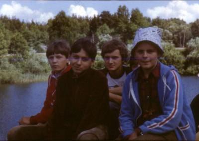 1985_1_04