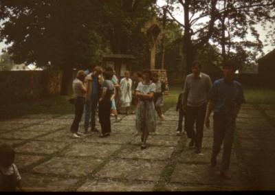 1988_2_08
