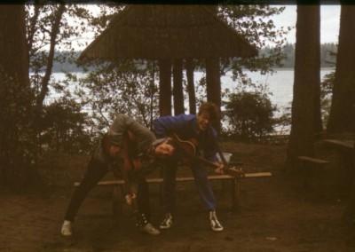 1989_2_04