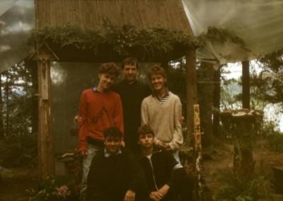 1989_2_12