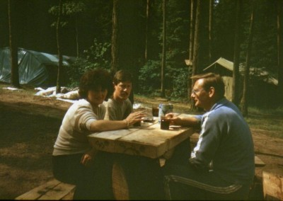 1990_1_05